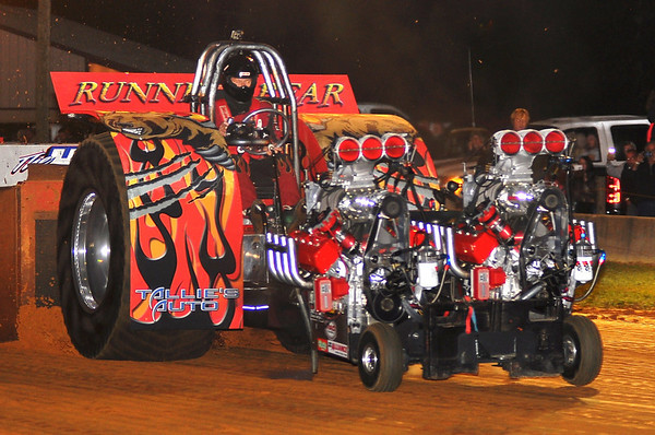 """Dragon Motorsports Park """"Southern Showdown"""" TRUCK & TRACTOR PULL  9-26-14"""
